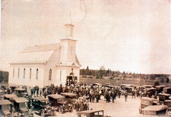 Photograph of Knox Presbyterian Church, Harvey Station, New Brunswick when it was dedicated in June, 1927.