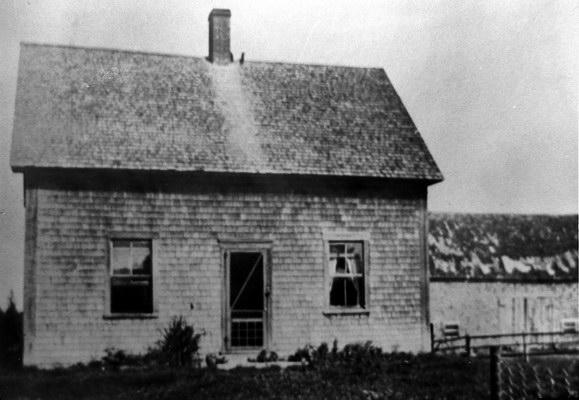 Undated photograph of Charles Little's home in Littles Settlement. Image thanks to J. Hall.